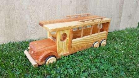 Bus en bois